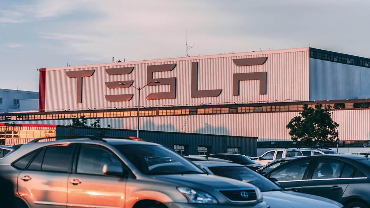 elon-musk-offen-tesla-fusion-autoherstellern