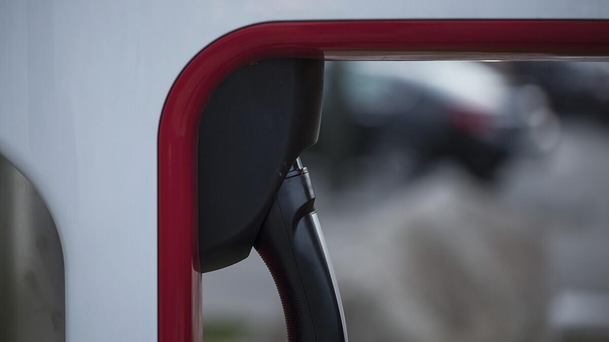 75-%-ersparnis-teslas-neuer-energieplan-bietet-stromtarife-zum-hammer-preis