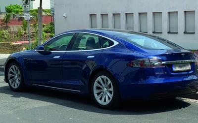 Tesla Model 3 Elektroauto mit geringstem Energieverbrauch
