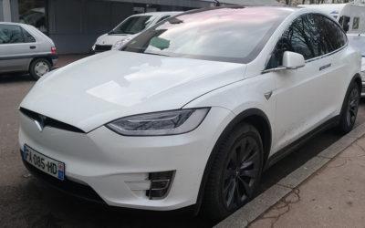 Tesla Model X gehackt – E-Auto-Pionier bringt Patch