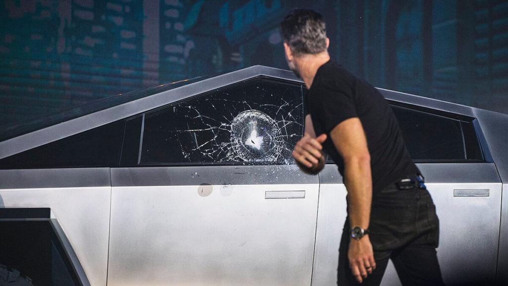 Tesla Cybertruck: Das zerbrochene Glas bei der Präsentation