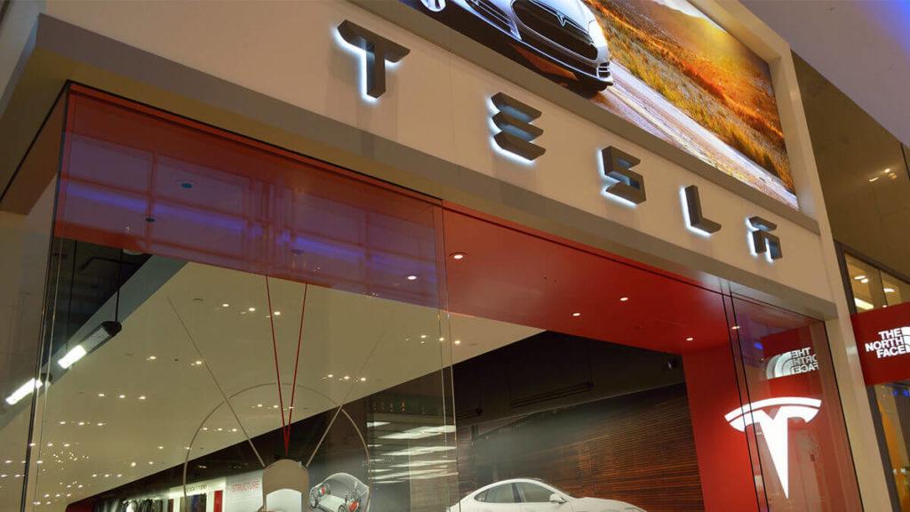 Tesla: Verbale Attacke auf deutsche Regierung