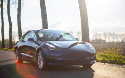 Tesla Model 3 überholt BMW und Mercedes und wird meistverkaufte Limousine
