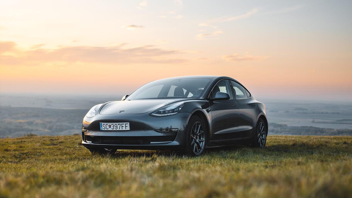 Tesla will Zulassung für Gutschriften dank erneuerbaren Energien