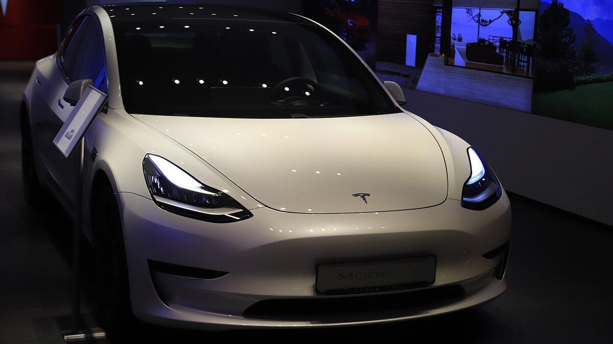 Tesla kündigt mehr Datentransparenz für Tesla-Besitzer an