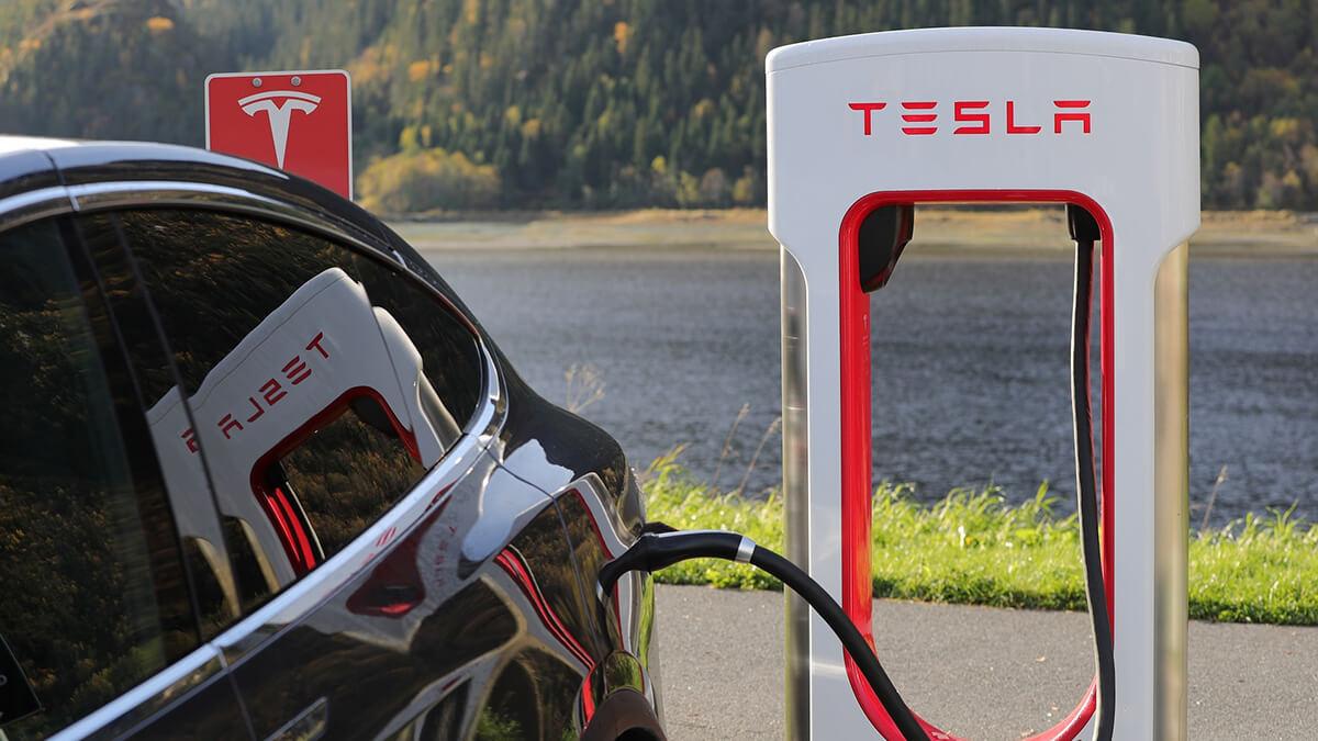 Tesla erreicht Meilenstein: 25.000 Supercharger weltweit