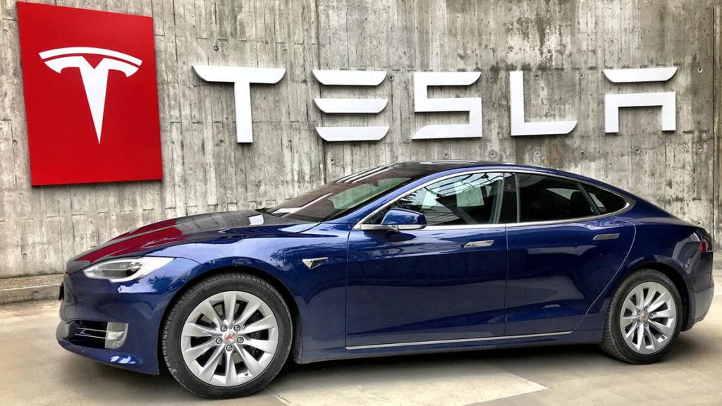 Das Model S: Franz von Holzhausens erstes Werk bei Tesla
