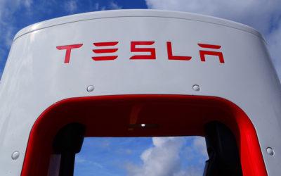 Tesla Semi: Techniker für mobiles Serviceteam gesucht