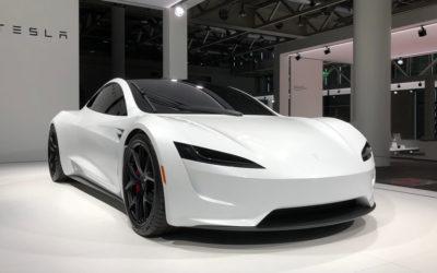 Elon Musk erklärt neue Tesla-Technologie und stellt Roadster-Upgrade in Aussicht