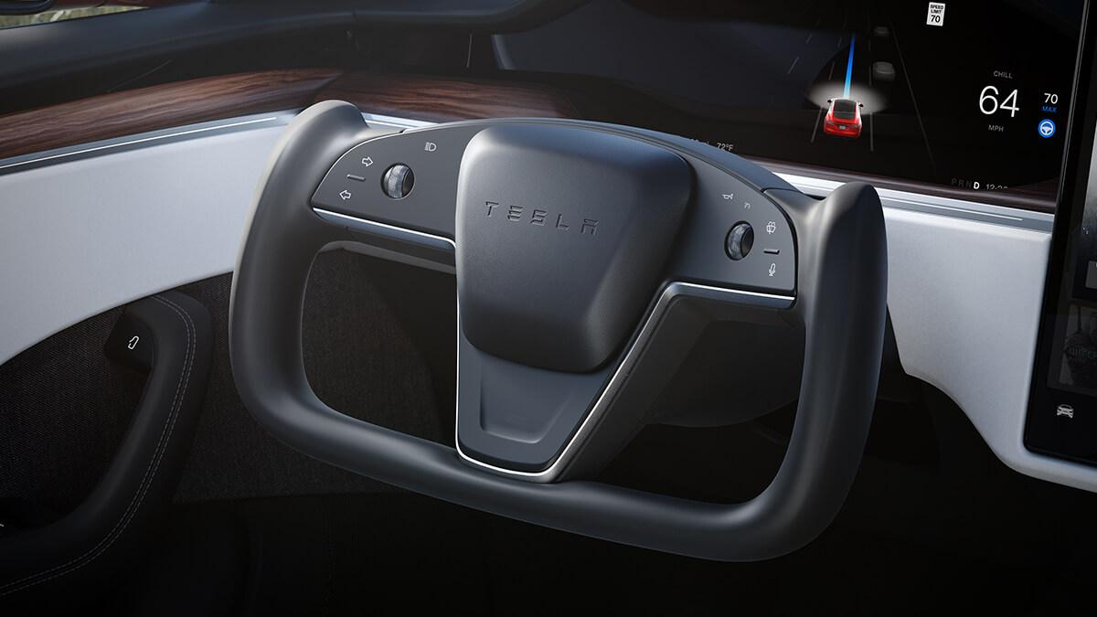 Tesla bleibt bei Formel-1-Lenkrad: Elon Musk kommentiert progressive Lenkung