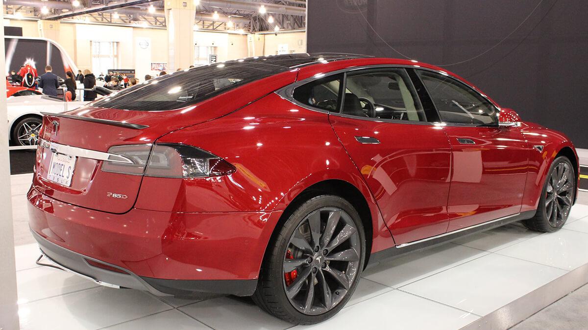 Tesla erhöht Preis für Model S Plaid um 10.000 Dollar