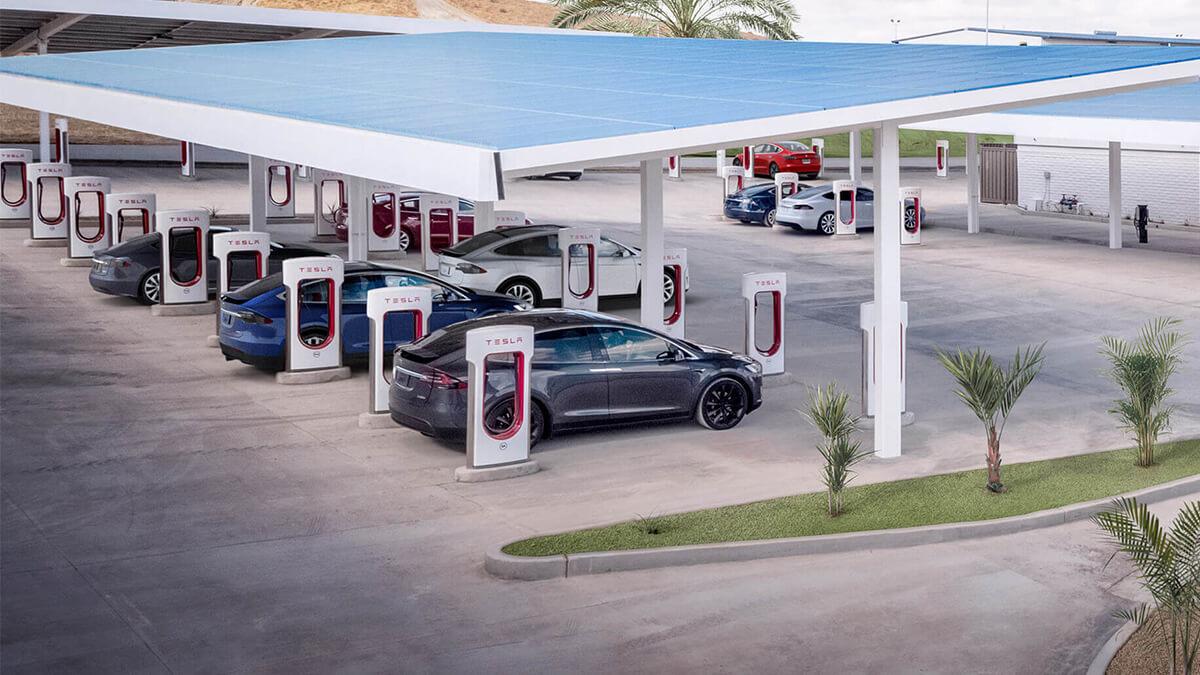 Tesla öffnet erstmals Supercharger für andere Autohersteller