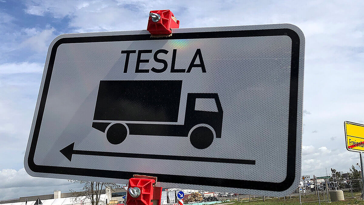 Tesla darf in Grünheide weiterbauen: Umweltverbände scheitern wieder vor Gericht