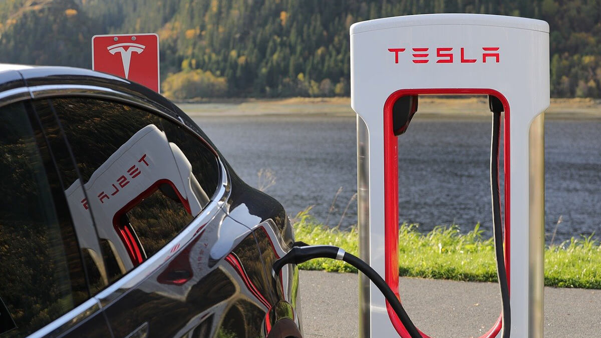 Tesla bestätigt: Supercharger werden bald für andere Autohersteller geöffnet