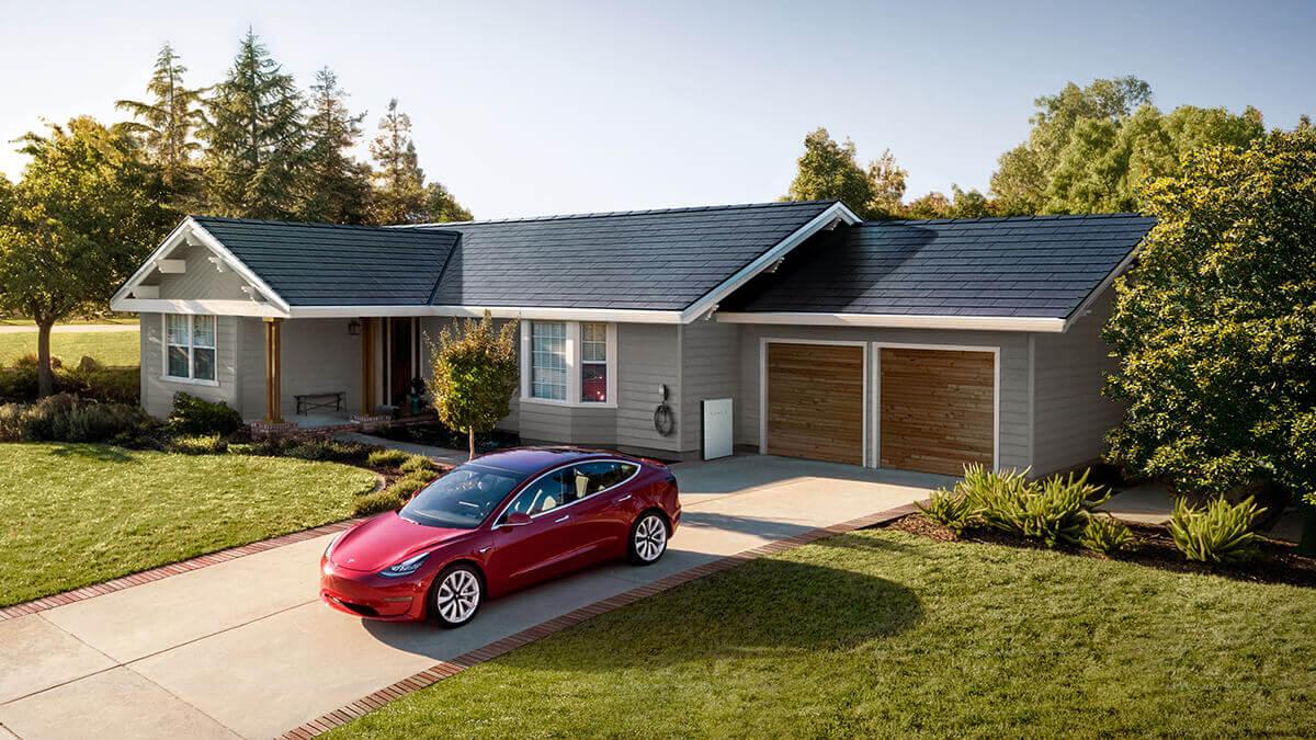 Tesla stattet neue Wohnsiedlung mit Solardächern und Powerwalls aus