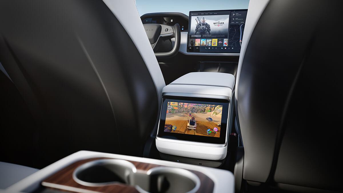 Kurz vor Tesla AI Day: Senatoren fordern Untersuchung von Autopilot-Werbeaussagen