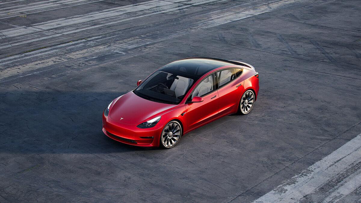 """Tesla: """"Besorgter Nachbar""""hinterlässt Besitzer von Model 3 kuriose Nachricht"""