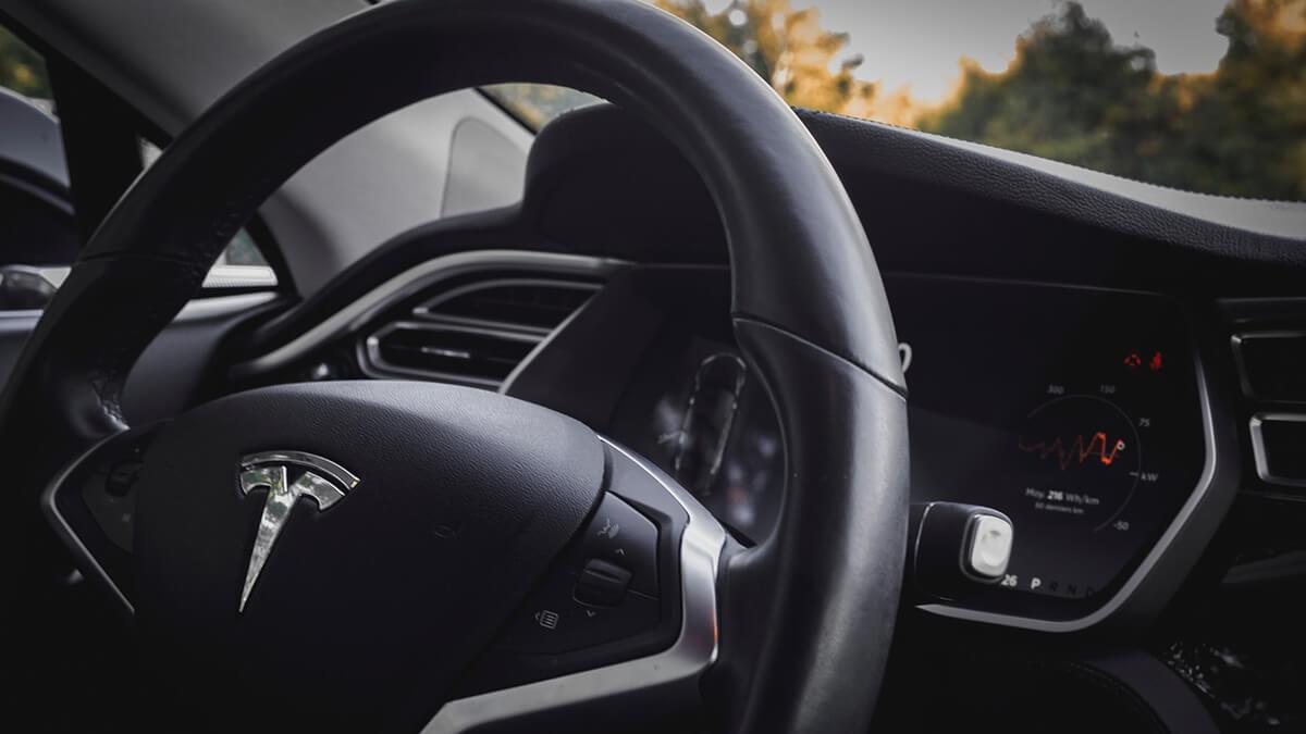 Tesla laut Bericht an fortschrittlichen Blade-Batterien von BYD interessiert