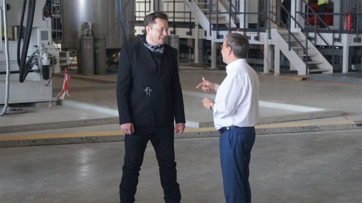 Tesla-Chef Elon Musk trifft Armin Laschet bei Gigafactory Grünheide