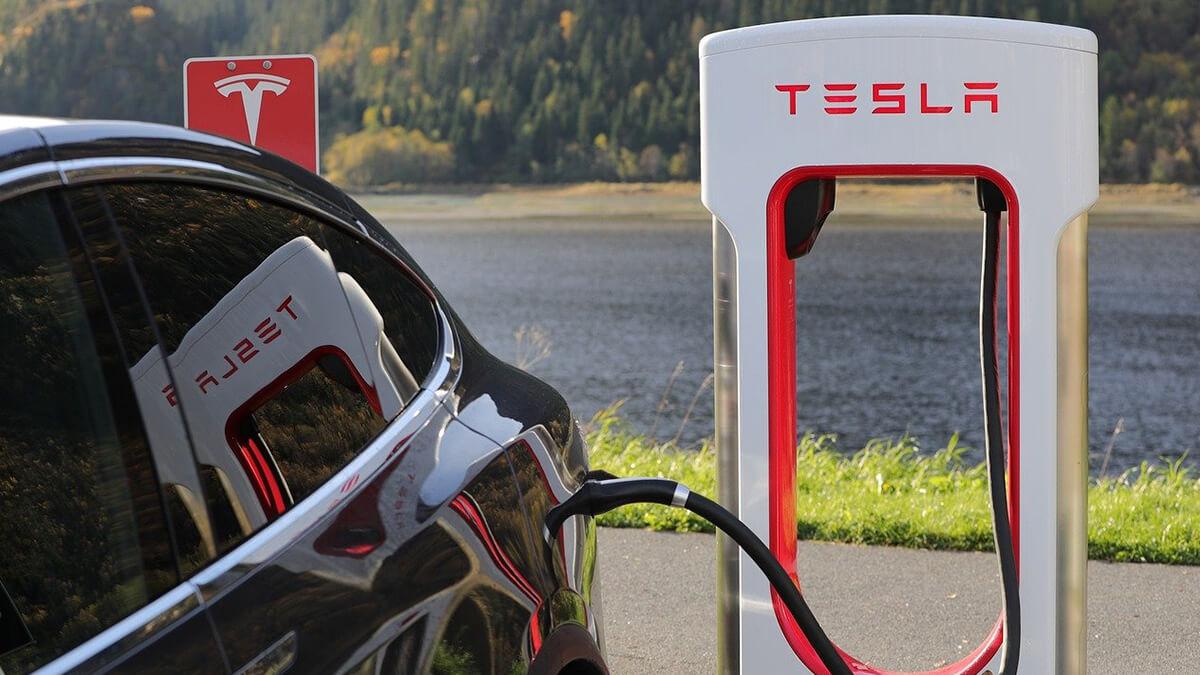 Tesla erhöht Supercharger-Preis auf 40 Cent pro kWh