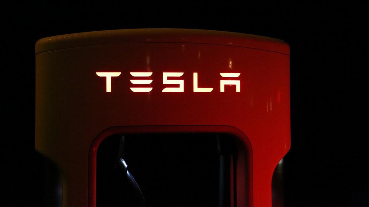 Tesla: Lithium-Lieferung für Batterieproduktion verzögert