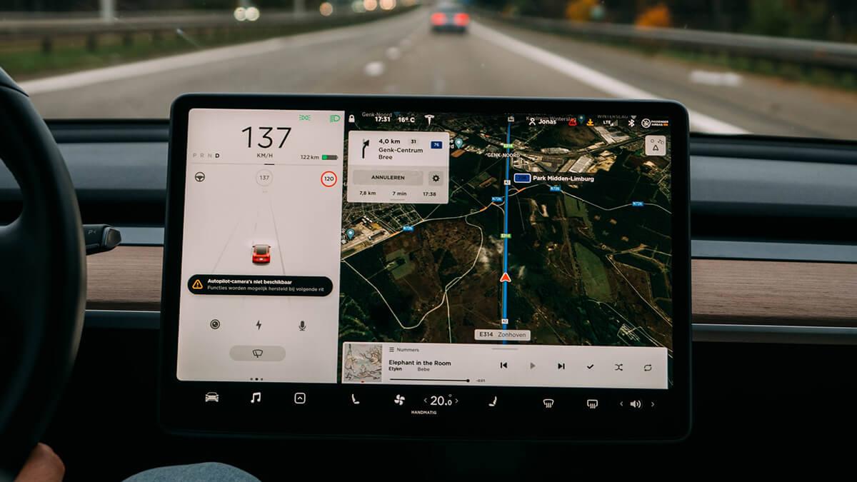 Teslas autonomes Fahren bald da: breite Freigabe von FSD-Beta v10 in 4 Wochen