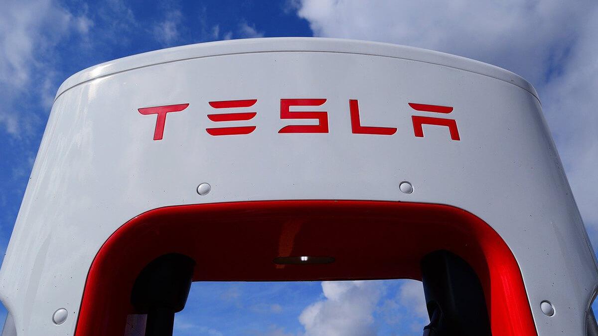Tesla FSD-Beta 10 ist endlich da: erste Reaktionen und Neuheiten