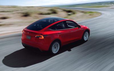 """Tesla Model Y besteht Fahrtestmit Bravur – """"eines der besten Autos, das wir je hatten"""""""