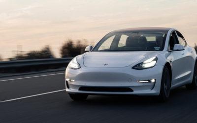 Tesla: Scharfe Kritik für FSD-Beta-Update von US-Behörden