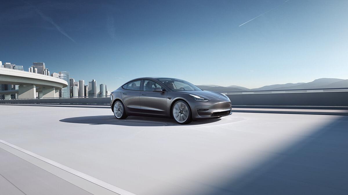 Tesla: Elon Musk stellt neue Standardfarbe in Aussicht – bald nicht mehr Weiß?