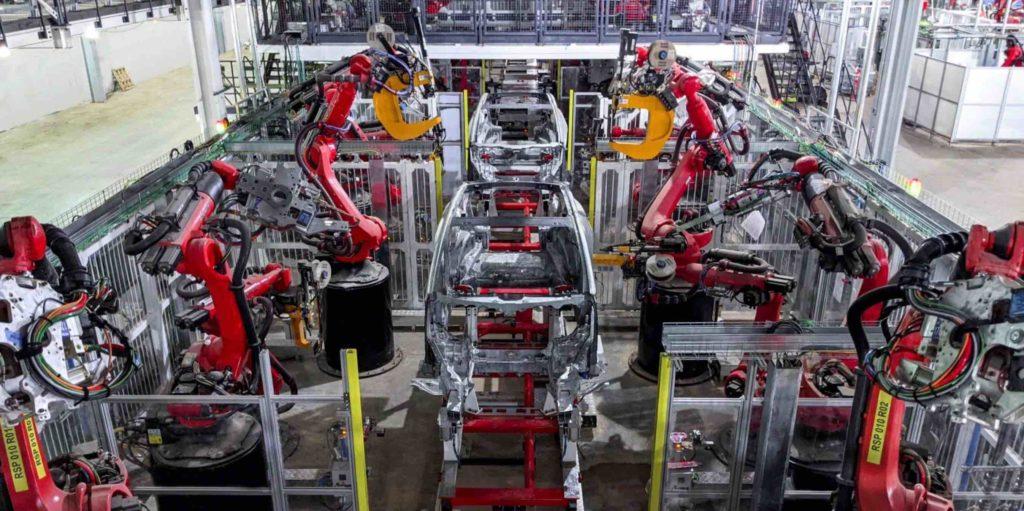 Tesla Model Y: Karosserieproduktion