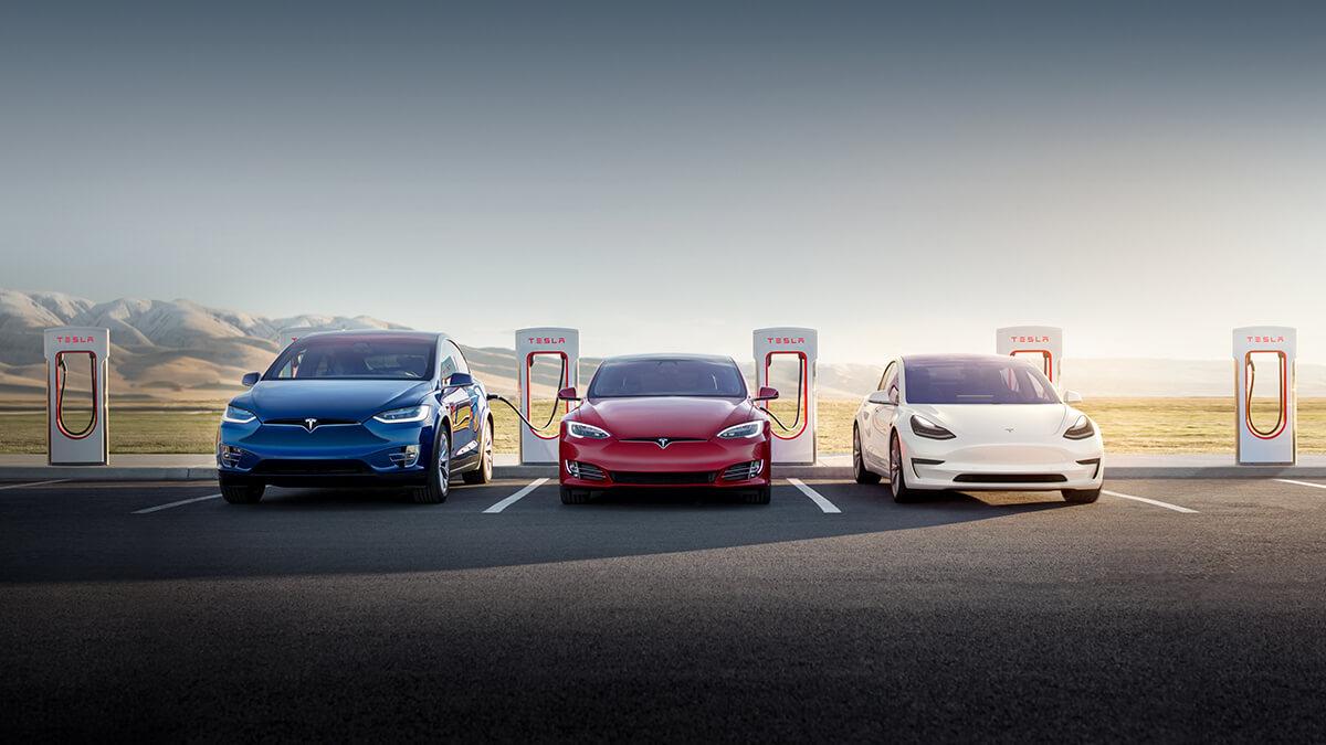 Tesla veröffentlicht Q3-Ergebnisse: neuer Rekord mit 241.300 Auslieferungen